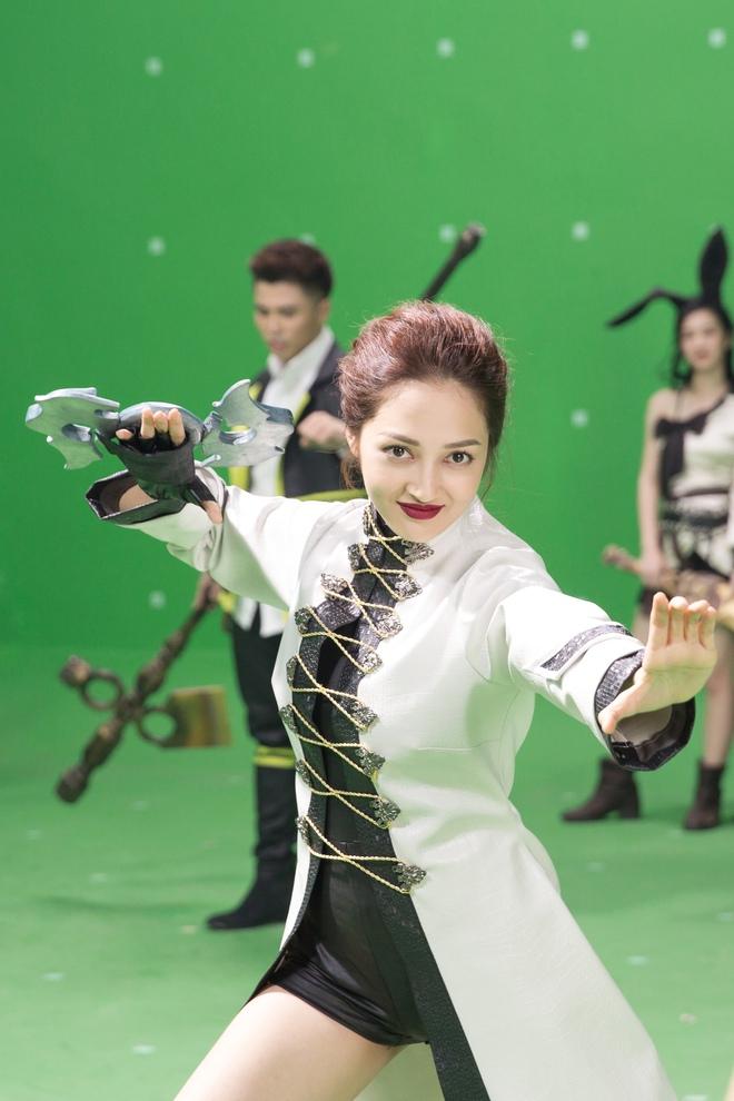 Bảo Anh hóa đả nữ ngổ ngáo, Ngô Thanh Vân xăm trổ đầy mình - Ảnh 5.