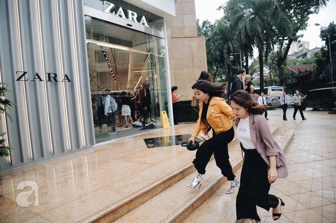Chị em công sở thanh thủ giờ nghỉ trưa ít ỏi, lao đến Zara mua sắm - Ảnh 2.
