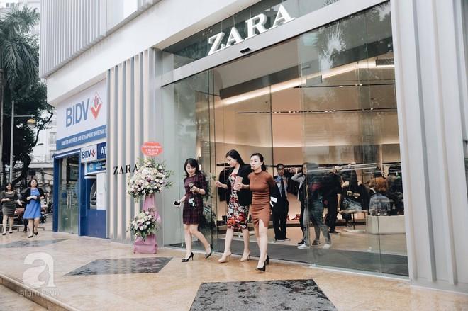 Chị em công sở thanh thủ giờ nghỉ trưa ít ỏi, lao đến Zara mua sắm - Ảnh 5.