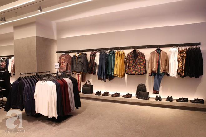 Zara cũng khai trương sớm tại Hà Nội, và đây là những hình ảnh đầu tiên bên trong cửa hàng - Ảnh 3.