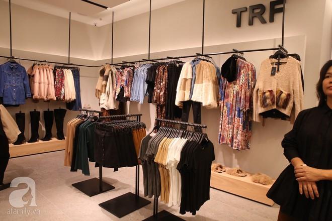 Zara cũng khai trương sớm tại Hà Nội, và đây là những hình ảnh đầu tiên bên trong cửa hàng - Ảnh 10.