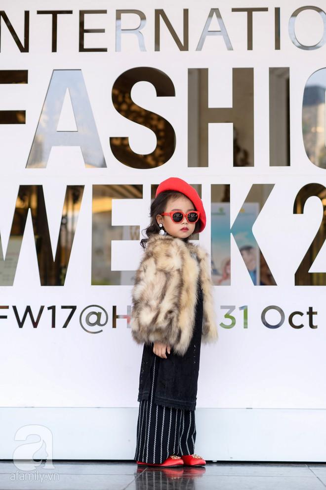 Tổng kết VIFW: Nổi bật nhất là street style vừa cool ngầu vừa yêu của loạt fashionista nhí  - Ảnh 8.