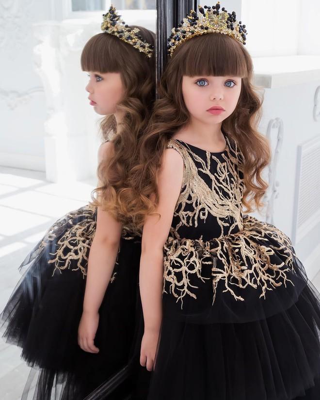 Nếu bạn thắc mắc thế nào là vẻ đẹp không góc chết, hãy ngắm cô bé được mệnh danh là thiên thần đẹp nhất thế giới này - Ảnh 10.