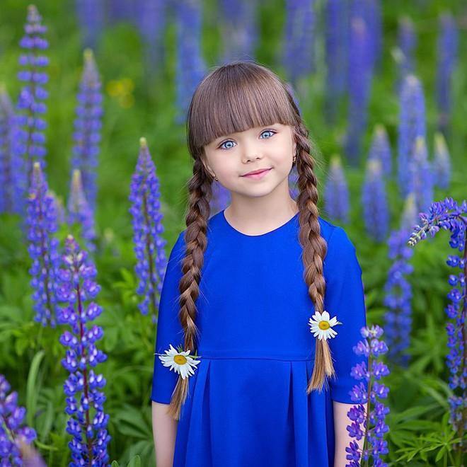 Nếu bạn thắc mắc thế nào là vẻ đẹp không góc chết, hãy ngắm cô bé được mệnh danh là thiên thần đẹp nhất thế giới này - Ảnh 9.