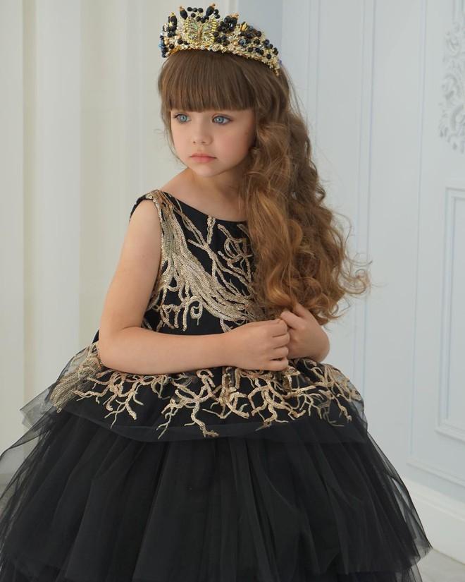 Nếu bạn thắc mắc thế nào là vẻ đẹp không góc chết, hãy ngắm cô bé được mệnh danh là thiên thần đẹp nhất thế giới này - Ảnh 6.