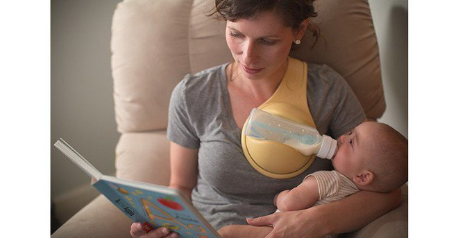 Cho con uống sữa sẽ nhàn hơn bao giờ hết nếu bố mẹ biết đến Beebo - cánh tay phụ hoàn hảo - Ảnh 1.