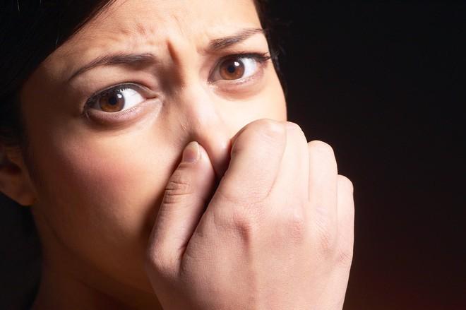 Những mùi khác nhau ở vùng kín báo hiệu điều gì về sức khỏe của phụ nữ? - Ảnh 1.