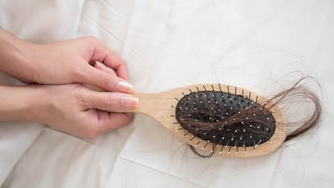 Những thay đổi nhỏ trên da tưởng bình thường nhưng cũng có thể là dấu hiệu cảnh báo bạn cần đi khám da liễu ngay - Ảnh 3.