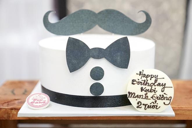 Con trai Khánh Thi - Phan Hiển được cưng như hoàng tử trong tiệc sinh nhật 2 tuổi - Ảnh 3.