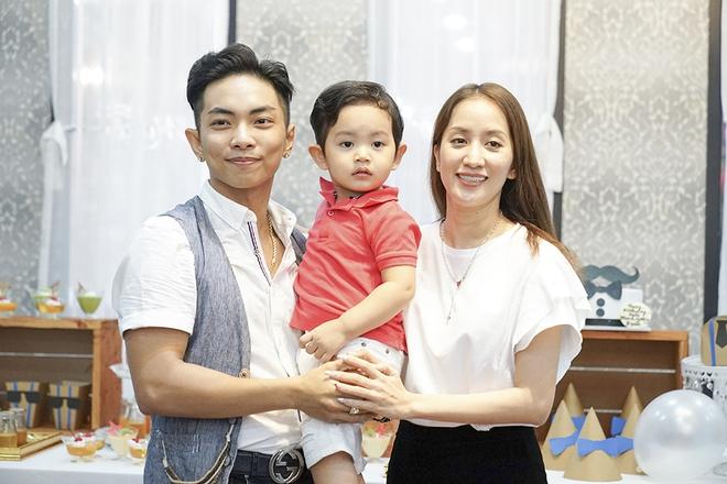Con trai Khánh Thi - Phan Hiển được cưng như hoàng tử trong tiệc sinh nhật 2 tuổi - Ảnh 8.