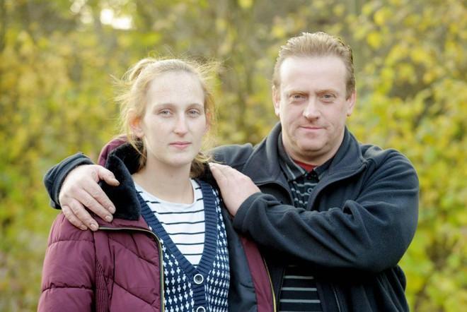 23 năm chung sống, nuôi con vợ như con ruột, chồng không ngờ bị vợ bỏ để đến với người đàn ông quen trên mạng - ảnh 2