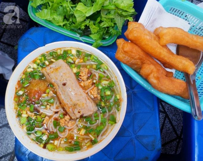 7 món bún tuy nặng mùi nhưng đã thử thì rất dễ nghiện của Việt Nam - Ảnh 12.