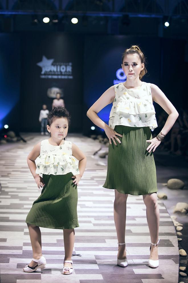 Ốc Thanh Vân cùng 3 nhóc tỳ mở màn Tuần lễ Thời trang Thiếu nhi 2017 - Ảnh 11.