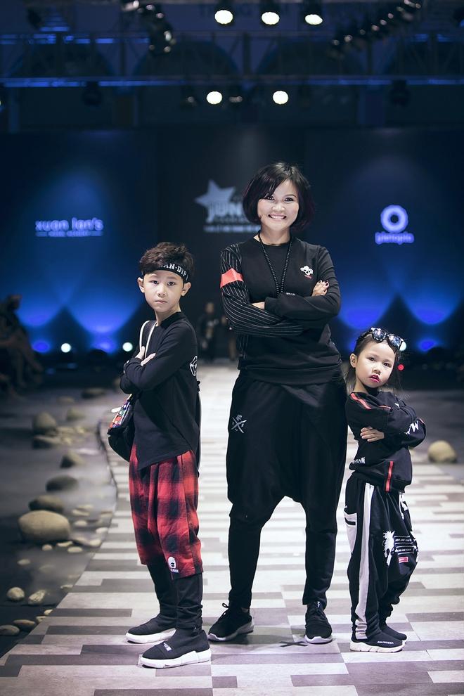 Ốc Thanh Vân cùng 3 nhóc tỳ mở màn Tuần lễ Thời trang Thiếu nhi 2017 - Ảnh 12.