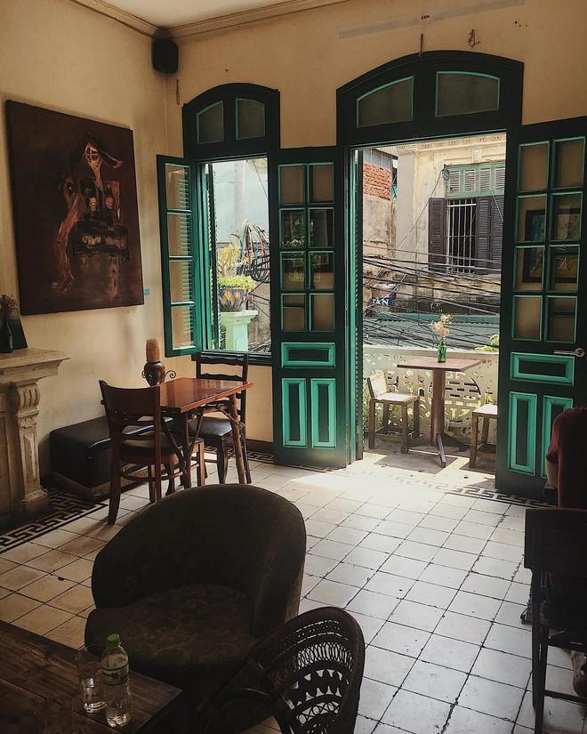 5 quán cafe vừa chất, vừa đẹp ẩn mình trong những ngôi biệt thự cổ ở Hà Nội - Ảnh 44.