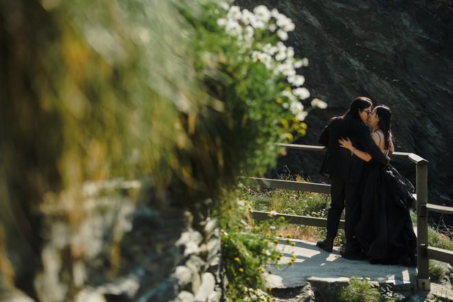 Đám cưới bí mật 3 không của cặp đôi Việt gây sốt MXH vì long lanh như phim tại cực Nam nước Anh - Ảnh 6.