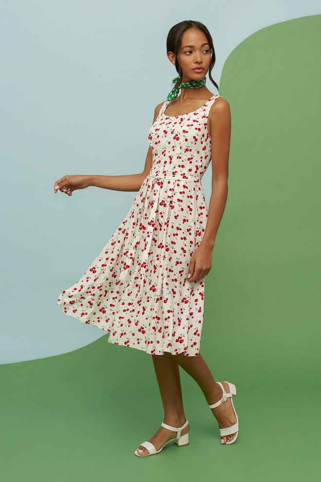 Thiên thần  Behati hạnh phúc khoe hình ảnh thai kỳ thứ hai trong mẫu váy Cherry, dự đoán sẽ gây bão trong thời gian tới  - Ảnh 6.