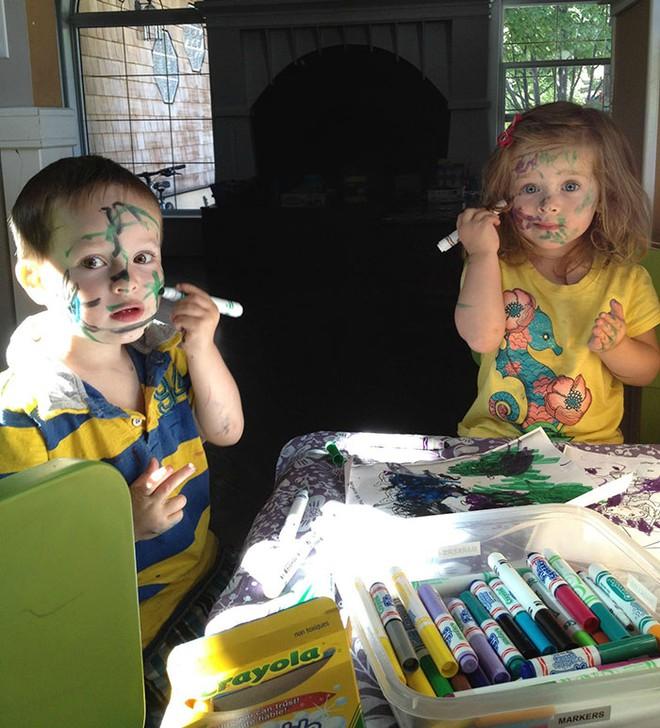 Đừng bao giờ để lũ trẻ ở nhà một mình nếu không muốn chứng kiến những cảnh dở khóc dở cười này - Ảnh 10.