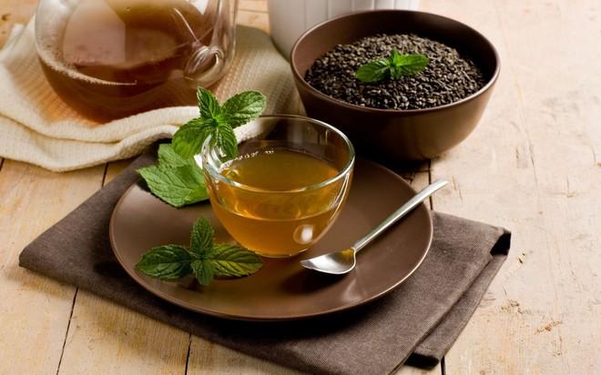 Tập luyện, ăn kiêng mãi mà chẳng giảm cân: Lý do là bạn chưa biết đến 18 công thức trà detox cực hiệu quả này! - Ảnh 1.