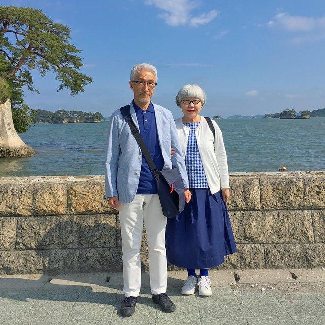 Ai cũng ước như cặp vợ chồng này, kết hôn 37 năm vẫn chăm mặc đồ đôi như ngày mới yêu - Ảnh 9.