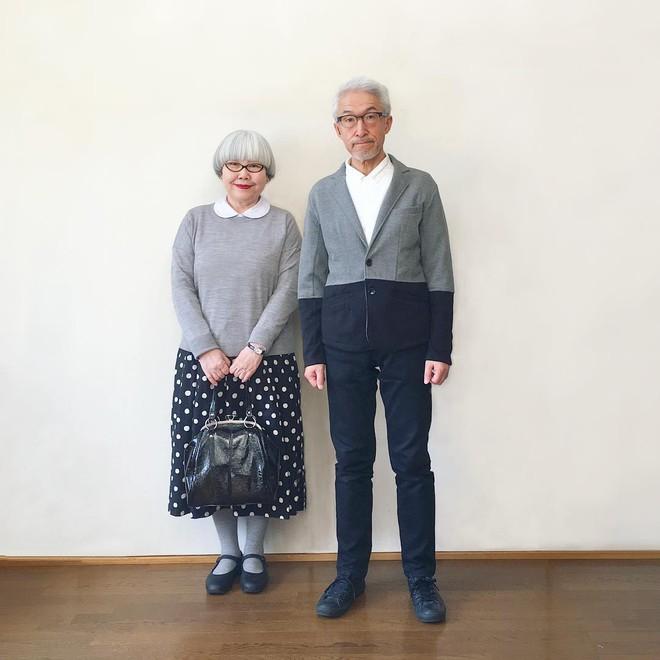 Ai cũng ước như cặp vợ chồng này, kết hôn 37 năm vẫn chăm mặc đồ đôi như ngày mới yêu - Ảnh 16.