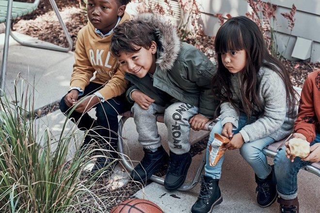 Đông này, mặc cho bé thật xinh với loạt lookbook mới nhất của Zara và H&M - Ảnh 3.