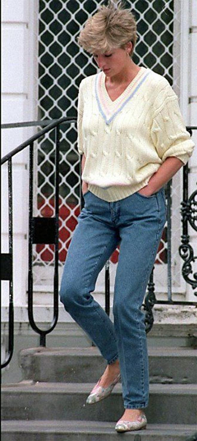 Đẹp như công nương Diana thì chỉ mặc quần jeans cũng xuất sắc hơn người - Ảnh 5.
