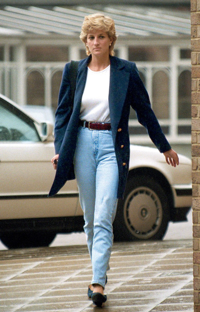 Đẹp như công nương Diana thì chỉ mặc quần jeans cũng xuất sắc hơn người - Ảnh 3.