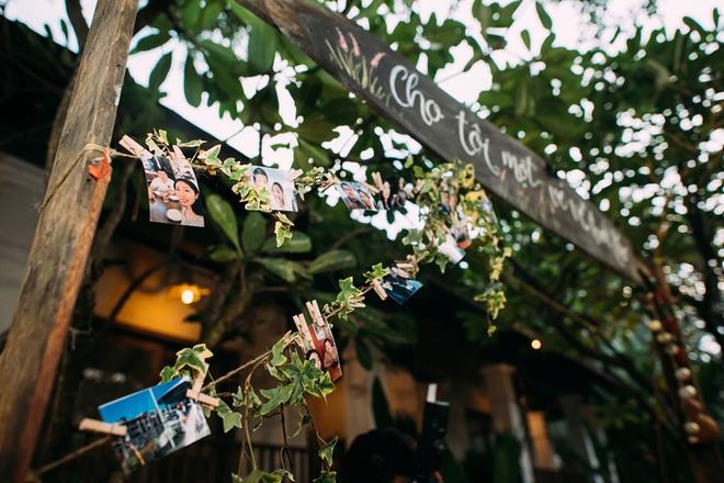 Cặp đôi Việt kiều đem nơm cá, quang gánh, xích lô kiểu xin một vé đi tuổi thơ vào tiệc cưới sang chảnh - Ảnh 7.