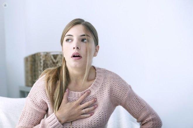 1 tháng trước khi cơn đau tim, cơ thể bạn sẽ cảnh báo với 7 tín hiệu này - Ảnh 1.