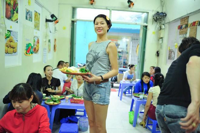 4 quán ăn bình dân vừa ngon, vừa dễ đụng người nổi tiếng ở Sài Gòn - Ảnh 16.