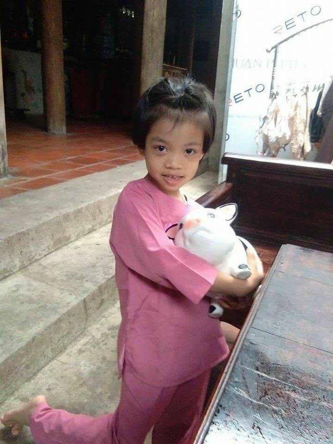Mẹ đơn thân Paula Gốm nổi tiếng MXH bị tố lừa đảo, hứa cho trẻ nghèo heo đất rồi xù để PR tên tuổi - Ảnh 10.