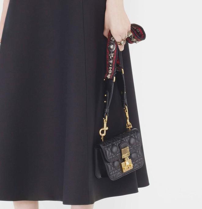 Sau túi J'adior, giới mộ điệu lại nóng lòng sở hữu túi Addict của Dior - Ảnh 4.