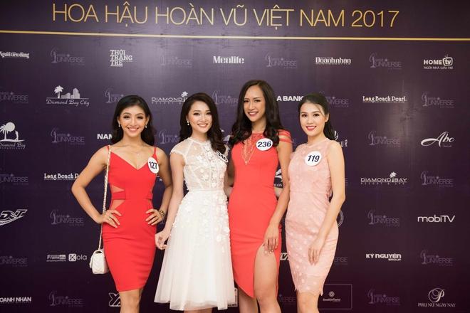 Phạm Hương bất ngờ tổ chức sinh nhật Lệ Hằng trên sân khấu sơ khảo khu vực phía Bắc HHHVVN 2017 - Ảnh 9.