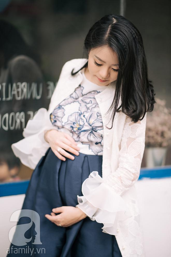 Minh Thu: Cô nàng Hoa khôi FPT ngày nào giờ đã là mẹ bầu xinh đẹp và sành điệu thế này đây! - Ảnh 10.