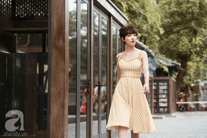 Duyên dáng trọn vẹn cả tuần với những thiết kế váy áo cổ điển đẹp tinh khôi - Ảnh 18.