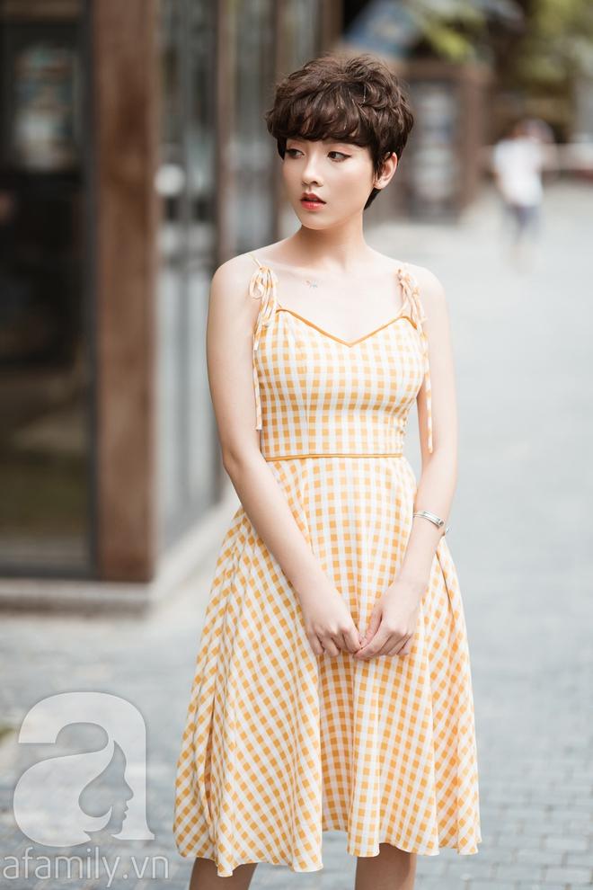 Duyên dáng trọn vẹn cả tuần với những thiết kế váy áo cổ điển đẹp tinh khôi - Ảnh 20.