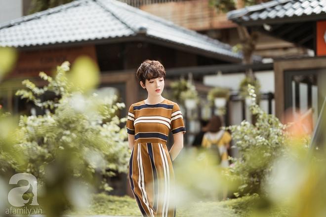 Duyên dáng trọn vẹn cả tuần với những thiết kế váy áo cổ điển đẹp tinh khôi - Ảnh 11.