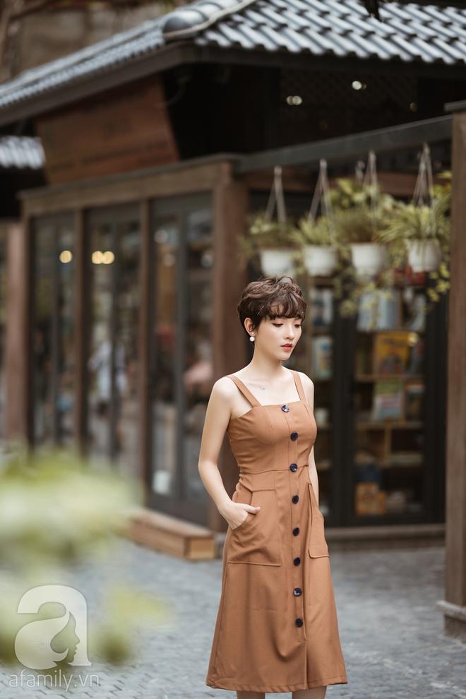 Duyên dáng trọn vẹn cả tuần với những thiết kế váy áo cổ điển đẹp tinh khôi - Ảnh 17.
