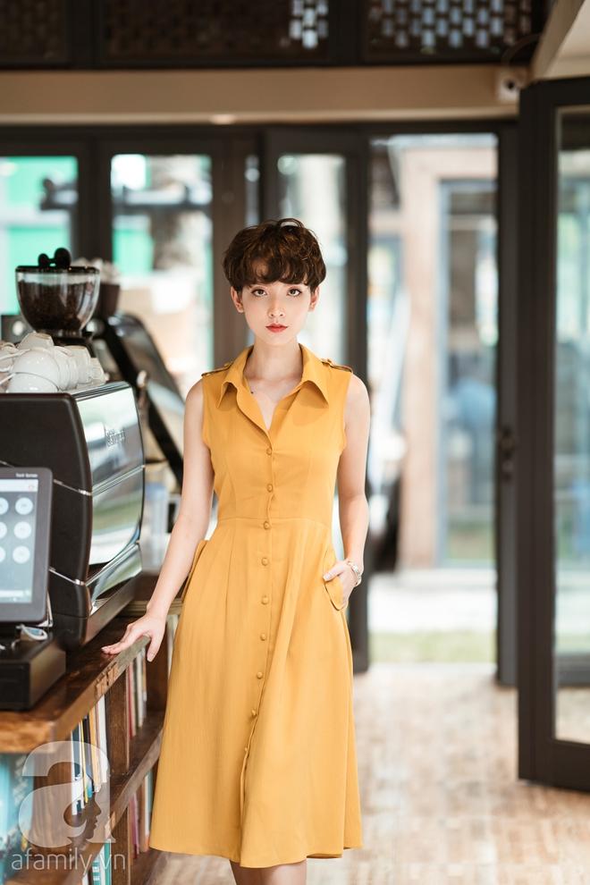 Duyên dáng trọn vẹn cả tuần với những thiết kế váy áo cổ điển đẹp tinh khôi - Ảnh 5.