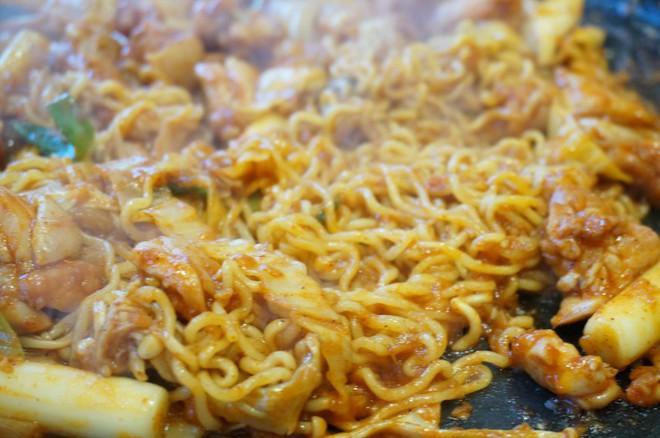 3 trải nghiệm ẩm thực đáng từng xu của nàng mê ăn khi du lịch Hàn Quốc - Ảnh 7.