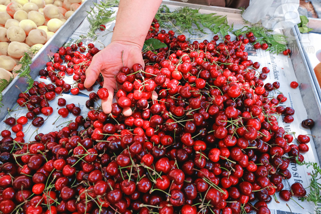 Trải nghiệm của cô gái Việt trên đất Ý: đi chợ nông dân mua rau quả, được khuyến mại niềm vui - Ảnh 6.