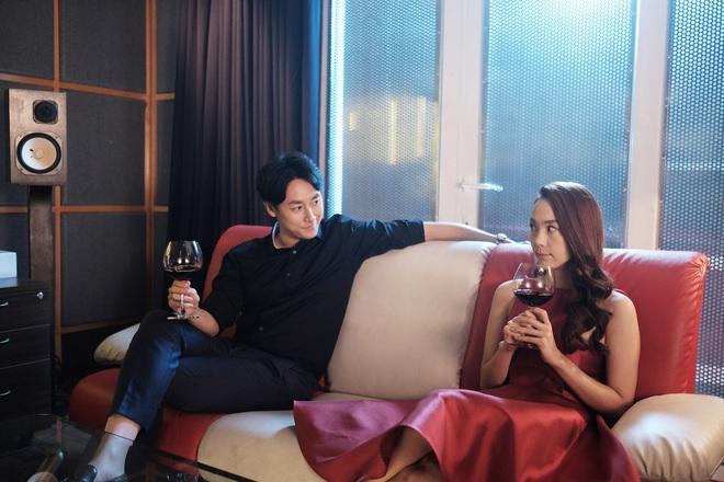 Sắc đẹp ngàn cân bản Việt tung trailer chính thức, Minh Hằng phẫu thuật thẩm mỹ đẹp ngỡ ngàng - Ảnh 14.