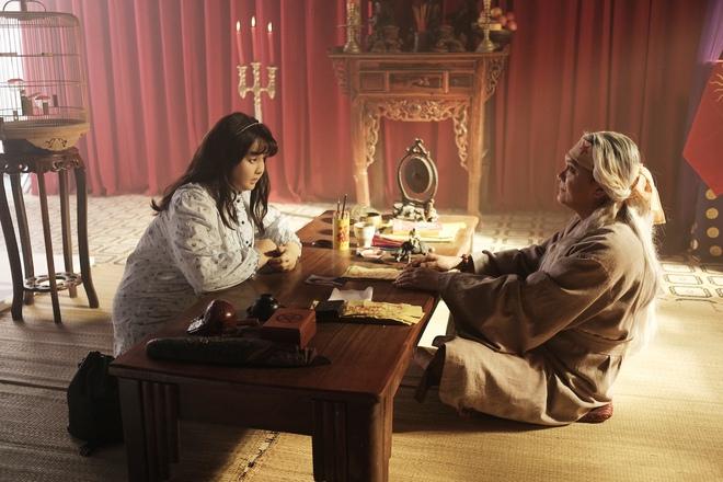 Sắc đẹp ngàn cân bản Việt tung trailer chính thức, Minh Hằng phẫu thuật thẩm mỹ đẹp ngỡ ngàng - Ảnh 5.
