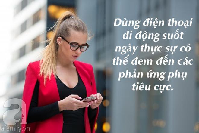 10 điều thực sự có thể xảy ra với cơ thể nếu như bạn cứ cắm mặt vào điện thoại suốt cả ngày - Ảnh 1.