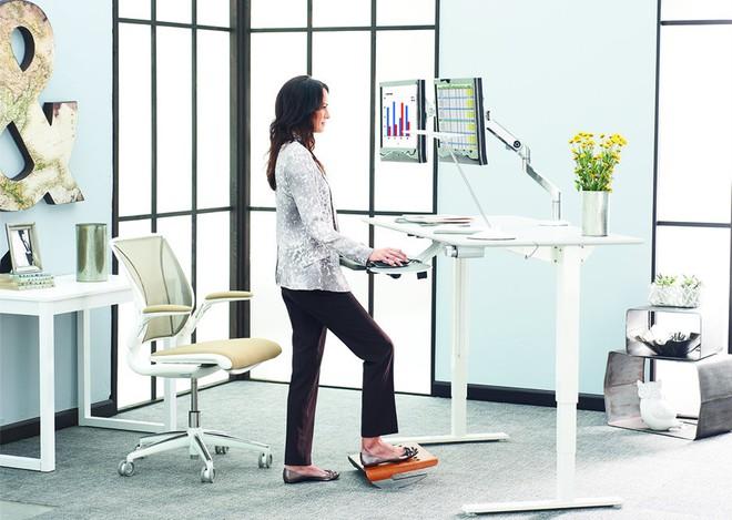 Đây là những lợi ích bạn sẽ nhận được nếu đứng làm việc chứ không phải ngồi - Ảnh 8.