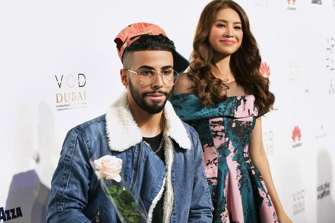 Phạm Hương và Minh Hằng đẹp bất phân thắng bại trên thảm đỏ Arab Fashion Week - Ảnh 5.