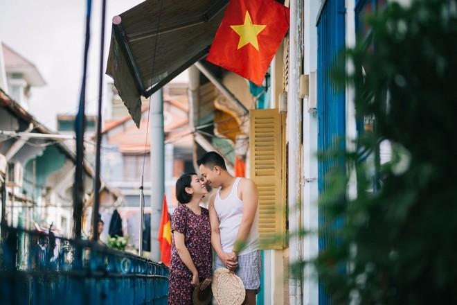 Cặp đôi có chuyện tình không giống ai và quyết định chụp bộ ảnh cưới thời bao cấp đầy bá đạo - Ảnh 8.