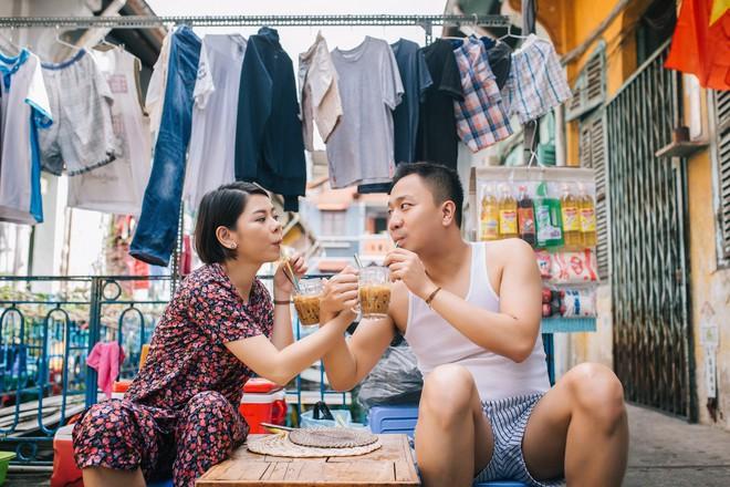 Cặp đôi có chuyện tình không giống ai và quyết định chụp bộ ảnh cưới thời bao cấp đầy bá đạo - Ảnh 6.