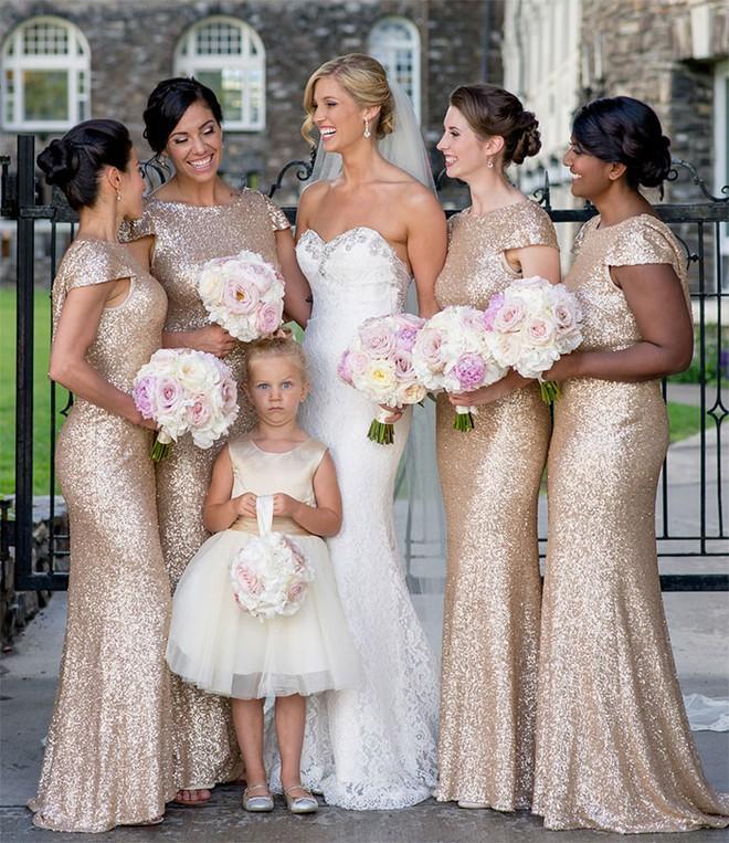 Khi người lớn cứ hào hứng như được mùa, những em bé này lại cảm thấy đám cưới như là một thảm họa vậy - Ảnh 4.